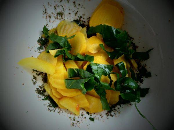 Gelbe Bete-Salat