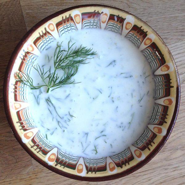 Tarator, die Gurken-Dill-Suppe vom Balkan