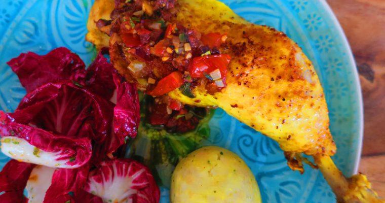 Maishuhn Schenkel mit Oliven-Tomaten-Soße